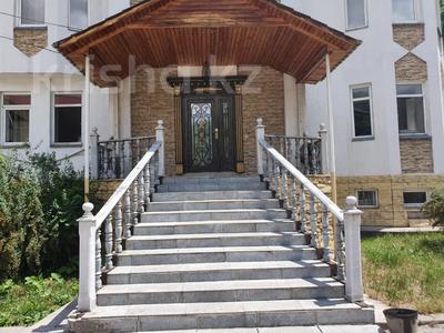 7-комнатный дом, 380 м², 14 сот., мкр Кайрат, Рыскулова 7 за 80 млн 〒 в Алматы, Турксибский р-н — фото 4