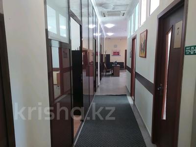 Офис площадью 130 м², мкр Новый Город, Пр. Н.Назарбаева 19 за 3 500 〒 в Караганде, Казыбек би р-н — фото 13