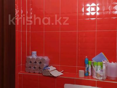 Офис площадью 130 м², мкр Новый Город, Пр. Н.Назарбаева 19 за 3 500 〒 в Караганде, Казыбек би р-н — фото 22