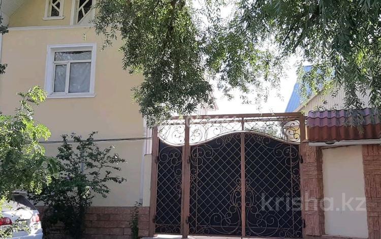 9-комнатный дом, 280 м², 6 сот., улица Кулжабаева за 56 млн 〒 в Таразе