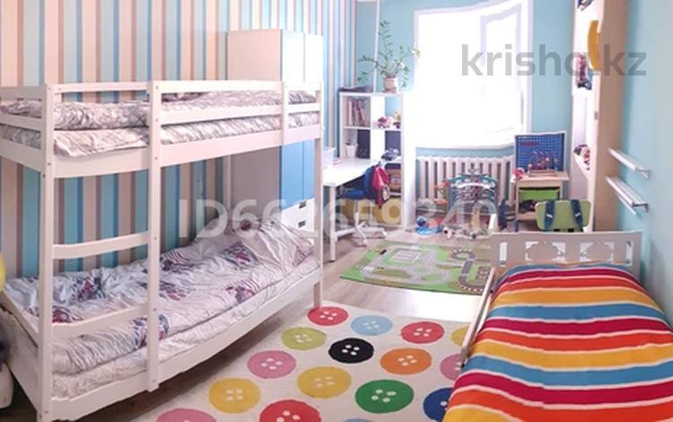 4-комнатная квартира, 94 м², 2/9 этаж, Ауэзова 53 за 20 млн 〒 в Экибастузе