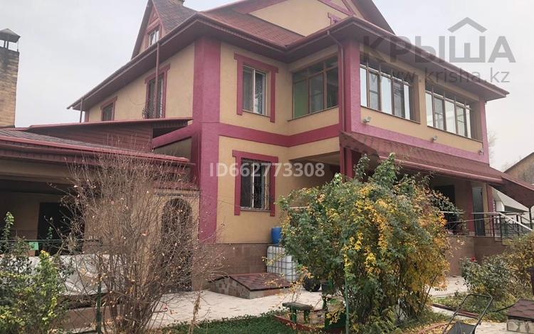 6-комнатный дом, 409 м², 14 сот., Кабанбай батыра 14 за 45 млн 〒 в Казцик