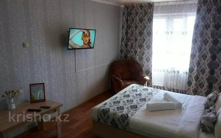 1-комнатная квартира, 35 м², 4/5 этаж посуточно, Кабанбай батыра 75 — Орманова за 8 500 〒 в Талдыкоргане