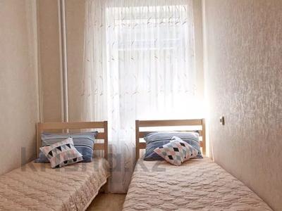 2-комнатная квартира, 46 м², 4/5 этаж посуточно, улица М. Маметовой 54/1 за 8 500 〒 в Уральске — фото 4