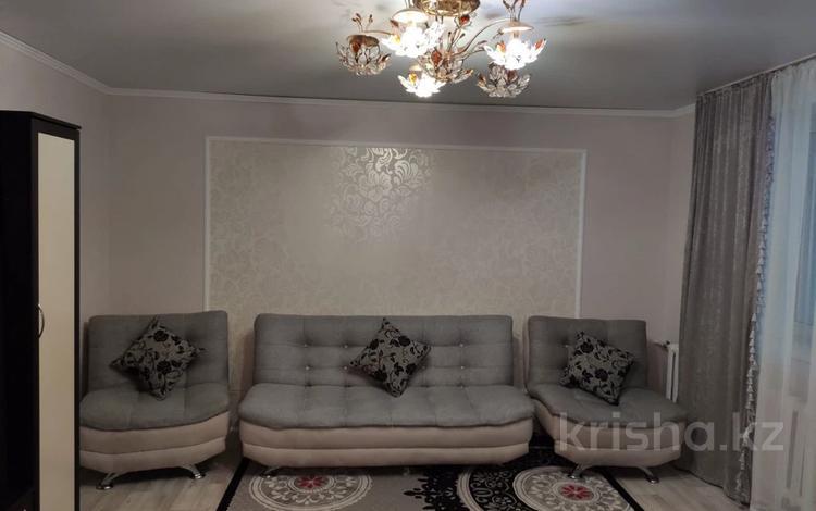 1-комнатная квартира, 40 м², 5/5 этаж на длительный срок, Каратал 56а за 90 000 〒 в Талдыкоргане