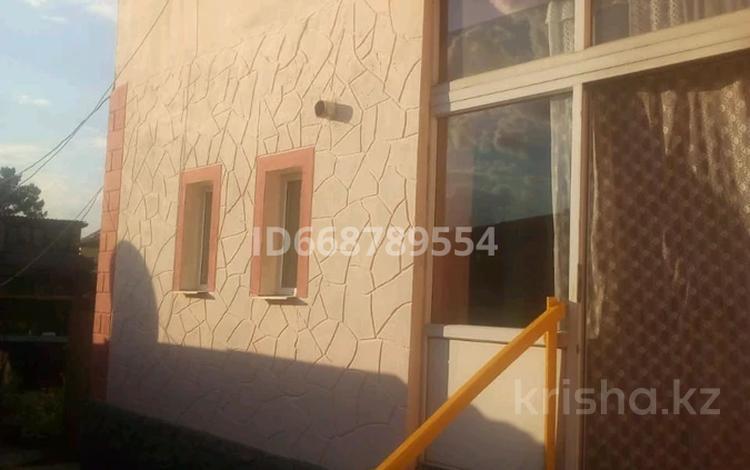 4-комнатный дом, 131 м², 6 сот., мкр Новый Город, Высоковольтная улица 57 — Гоголя за 25.5 млн 〒 в Караганде, Казыбек би р-н