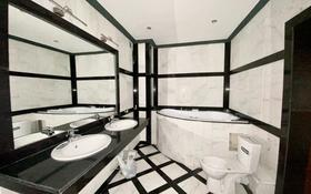 5-комнатная квартира, 227 м², 9/10 этаж, Бейбитшилик 34/1 за 58 млн 〒 в Нур-Султане (Астана), Сарыарка р-н