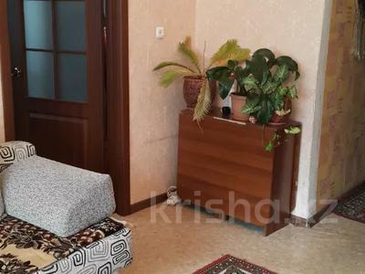 3-комнатная квартира, 51 м², 1/5 этаж, Тельмана 162 за ~ 8.5 млн 〒 в Семее — фото 3