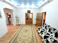 5-комнатный дом, 300 м², 10 сот., Маргулана 106 за ~ 77.8 млн 〒 в Жезказгане