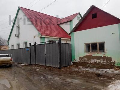 5-комнатный дом, 217 м², 9 сот., Амандосова 7 за ~ 22.3 млн 〒 в Атырау