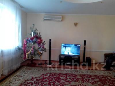 5-комнатный дом, 217 м², 9 сот., Амандосова 7 за ~ 22.3 млн 〒 в Атырау — фото 10