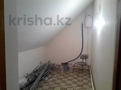5-комнатный дом, 217 м², 9 сот., Амандосова 7 за ~ 22.3 млн 〒 в Атырау — фото 16