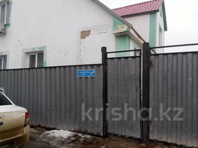 5-комнатный дом, 217 м², 9 сот., Амандосова 7 за ~ 22.3 млн 〒 в Атырау — фото 2