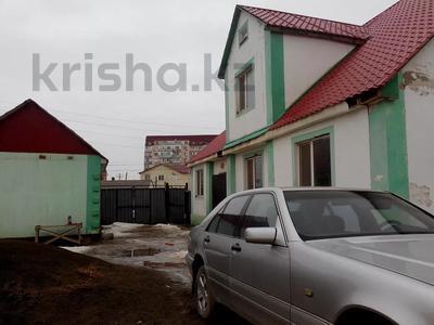5-комнатный дом, 217 м², 9 сот., Амандосова 7 за ~ 22.3 млн 〒 в Атырау — фото 4
