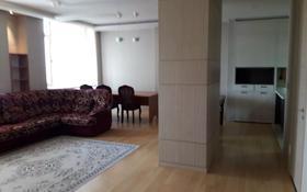 2-комнатная квартира, 90 м², 9/28 этаж посуточно, Байтурсынова — Кошкарбаева за 16 000 〒 в Нур-Султане (Астана), Алматы р-н