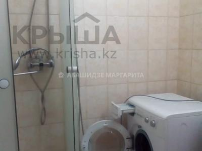 1-комнатная квартира, 40 м², 3/5 этаж, мкр Аксай-3, Мкр Аксай-3 — Бауыржана Момышулы за 13.5 млн 〒 в Алматы, Ауэзовский р-н