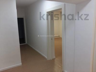2-комнатная квартира, 60 м², 11/13 этаж, Абая 153 за 24.4 млн 〒 в Алматы, Алмалинский р-н — фото 4