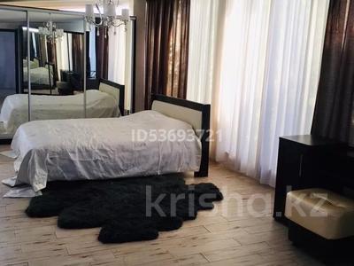 2-комнатный дом помесячно, 110 м², мкр Каменское плато за 200 000 〒 в Алматы, Медеуский р-н