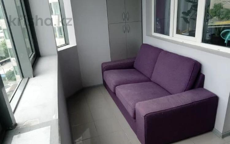 2-комнатная квартира, 64 м², 8/17 этаж, Абая 150/230 за ~ 36 млн 〒 в Алматы, Бостандыкский р-н