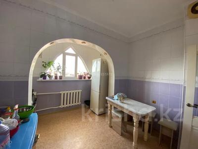 3-комнатная квартира, 68 м², 6/9 этаж, мкр Тастак-3, Мкр Тастак-3 39 за 27 млн 〒 в Алматы, Алмалинский р-н
