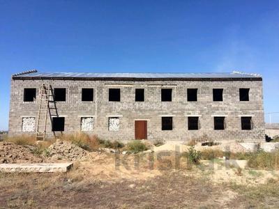 Здание, площадью 600 м², Компоселок, ул. Сайлы 15 за ~ 21.4 млн 〒 в Семее — фото 2