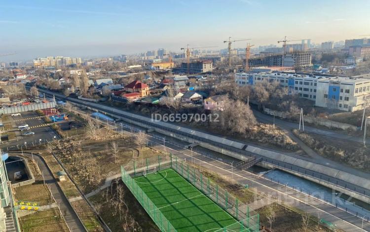 3-комнатная квартира, 108 м², 10/15 этаж, Навои 68 за ~ 59 млн 〒 в Алматы, Ауэзовский р-н