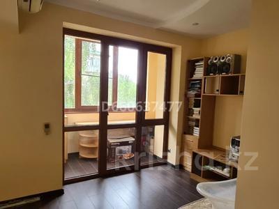 3-комнатная квартира, 164 м², 3/5 этаж, мкр Таусамалы, Мкр Таусамалы за ~ 62.2 млн 〒 в Алматы, Наурызбайский р-н