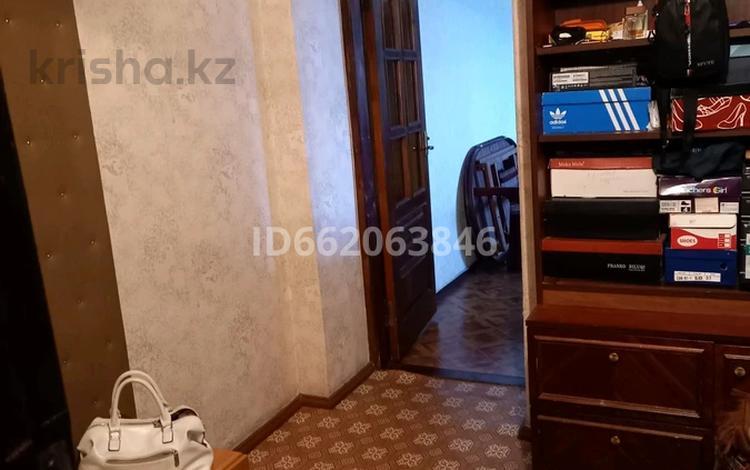 3-комнатная квартира, 65.2 м², 3/9 этаж, Шакерима 38 за 18.2 млн 〒 в Семее