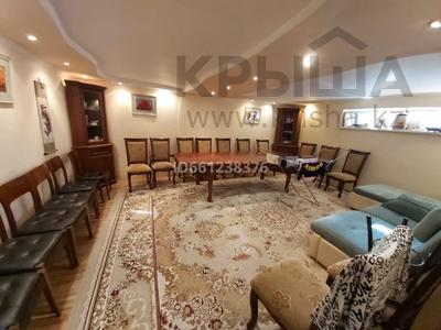 10-комнатный дом, 260 м², 6 сот., Архангельская 25 — Сагадата Нурмагамбетова за 35 млн 〒 в Павлодаре