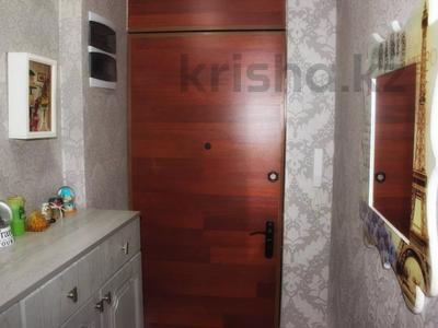 2-комнатная квартира, 47 м², 4/5 этаж посуточно, Можайского — Комиссарова, гост.Караганда за 12 000 〒 — фото 16