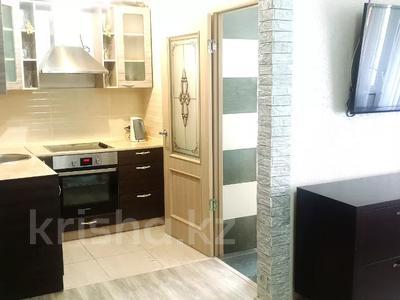 2-комнатная квартира, 47 м², 4/5 этаж посуточно, Можайского — Комиссарова, гост.Караганда за 12 000 〒 — фото 4