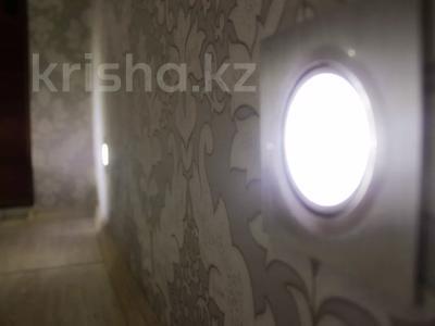 2-комнатная квартира, 47 м², 4/5 этаж посуточно, Можайского — Комиссарова, гост.Караганда за 12 000 〒 — фото 9