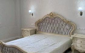3-комнатная квартира, 115 м², 4/14 этаж помесячно, 17-й мкр 6 за 400 000 〒 в Актау, 17-й мкр