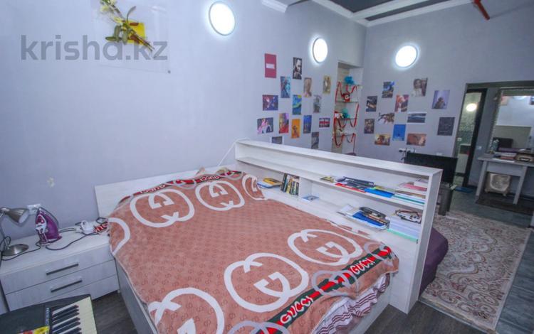 1-комнатная квартира, 32 м², проспект Достык за 9 млн 〒 в Алматы, Медеуский р-н