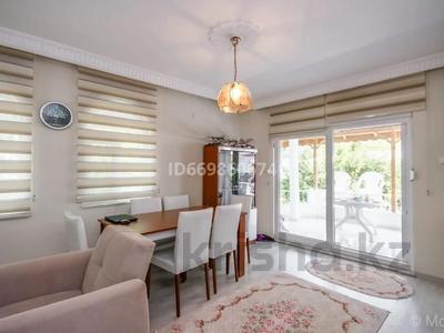 4-комнатный дом, 120 м², 6 сот., Serkent tatil sitesi Bogazkent за ~ 61 млн 〒 в Белек