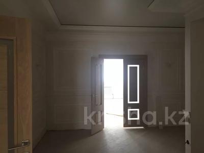 3-комнатная квартира, 187 м², 6/10 этаж, ЖК Атамекен — ул Еримбетова 17-мкр за 65 млн 〒 в Шымкенте, Енбекшинский р-н — фото 5