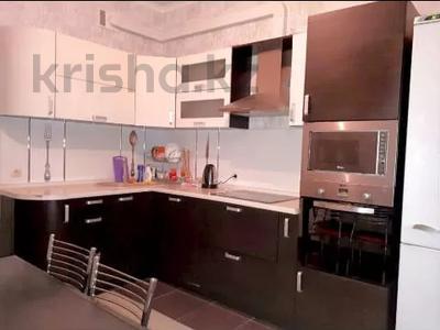 1-комнатная квартира, 50 м², 15 этаж посуточно, проспект Туран 55/1 за 9 000 〒 в Нур-Султане (Астана), Есиль р-н — фото 2
