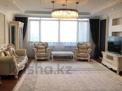 4-комнатная квартира, 159 м², 15/25 этаж помесячно, Рахимжана Кошкарбаева 8 за 460 000 〒 в Нур-Султане (Астана)