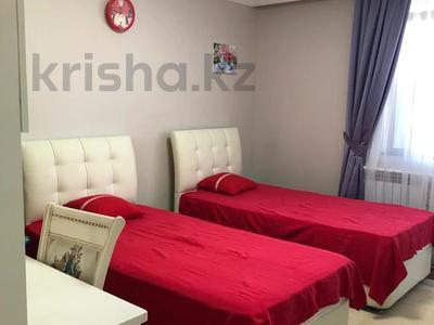 4-комнатная квартира, 159 м², 15/25 этаж помесячно, Рахимжана Кошкарбаева 8 за 460 000 〒 в Нур-Султане (Астана) — фото 7