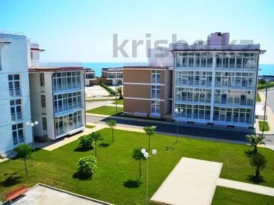 2-комнатная квартира, 73 м², 2/4 этаж, бульвар Надежд 8 за ~ 64.1 млн 〒 в Сочи — фото 5