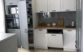 4-комнатная квартира, 110 м², 6/10 этаж, Казыбек би 38 за 45 млн 〒 в Усть-Каменогорске