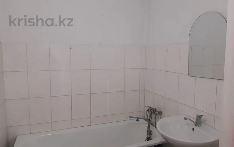 1-комнатная квартира, 41 м², 3/6 этаж, мкр Жулдыз-1, Лавренева за 12.4 млн 〒 в Алматы, Турксибский р-н