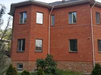 8-комнатный дом, 320 м², 10 сот.