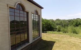 10-комнатный дом, 2500 м², 78 сот., Толеби — Аль-фараби за 495 млн 〒 в Алматы, Медеуский р-н