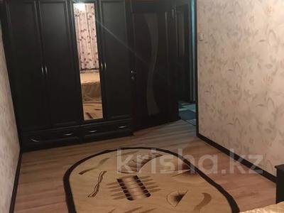 4-комнатная квартира, 78 м², 4 этаж помесячно, 8 микрорайон 16 за 150 000 〒 в Шымкенте — фото 5