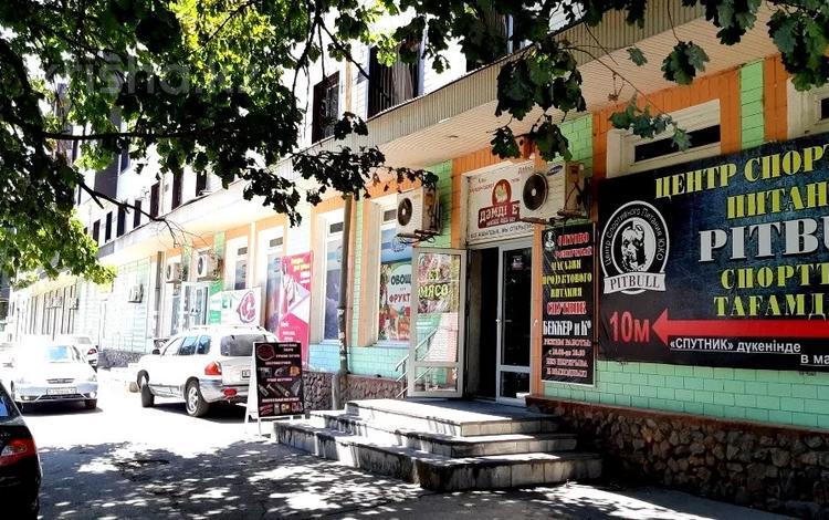 Магазин площадью 750 м², Туркестанская 5 — Байтурсынова за 228 млн 〒 в Шымкенте, Аль-Фарабийский р-н