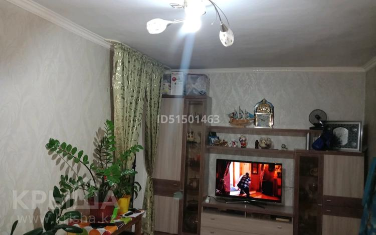 2-комнатная квартира, 45 м², 4/4 этаж, Ниеткалиева 14 — проспект Жамбыла за 10 млн 〒 в Таразе