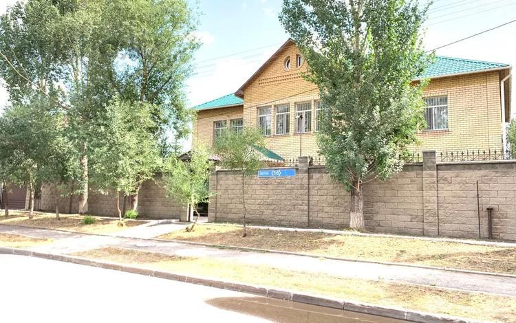 7-комнатный дом, 460 м², 12 сот., Бозбиик 16 за 125 млн 〒 в Нур-Султане (Астана), Сарыарка р-н