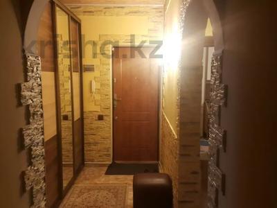 4-комнатная квартира, 93 м², 4/9 этаж, Ауэзова 12 — Толе би за 38 млн 〒 в Алматы, Алмалинский р-н — фото 7