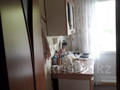 1-комнатная квартира, 34 м², 2/5 этаж, Ворошилова за 3.5 млн 〒 в Усть-Каменогорске — фото 12